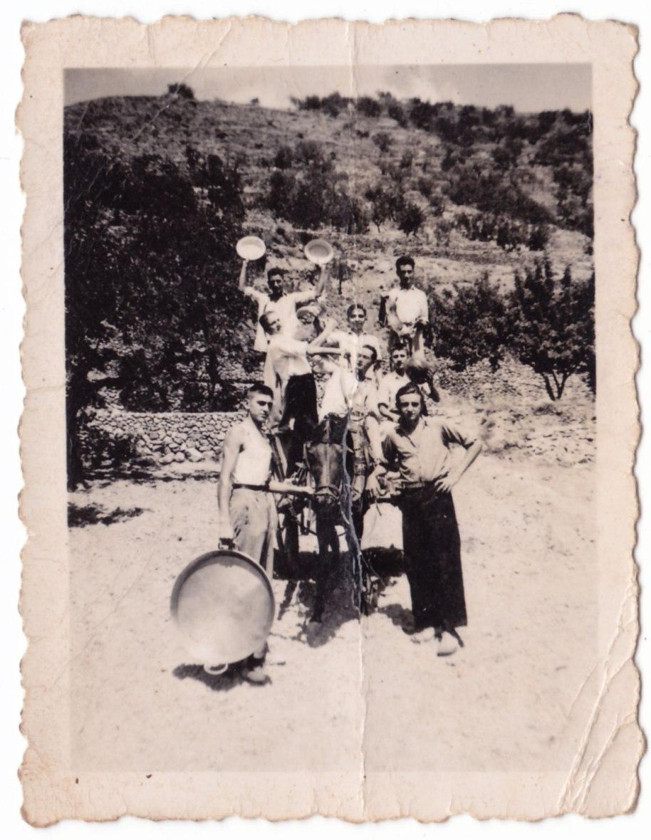 """Possiblement la primera """"penya"""" d'Artana: la Penya els Pelegrins. Agraïm la contribució de Lourdes Peris."""