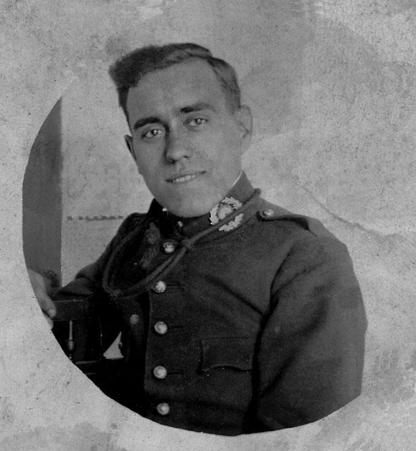 """Patricio Vilar Martí (1901-1971). Fent la """"mili"""". Sobre 1920."""
