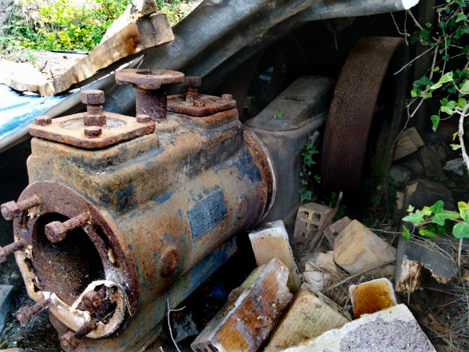 Restes del compressor de Santa Bàrbara