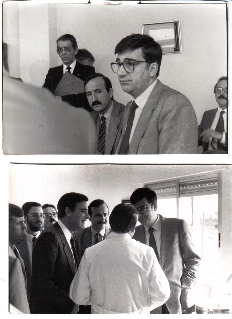 Esteve i altres companys amb Ernest Lluch, Ministre de Sanitat